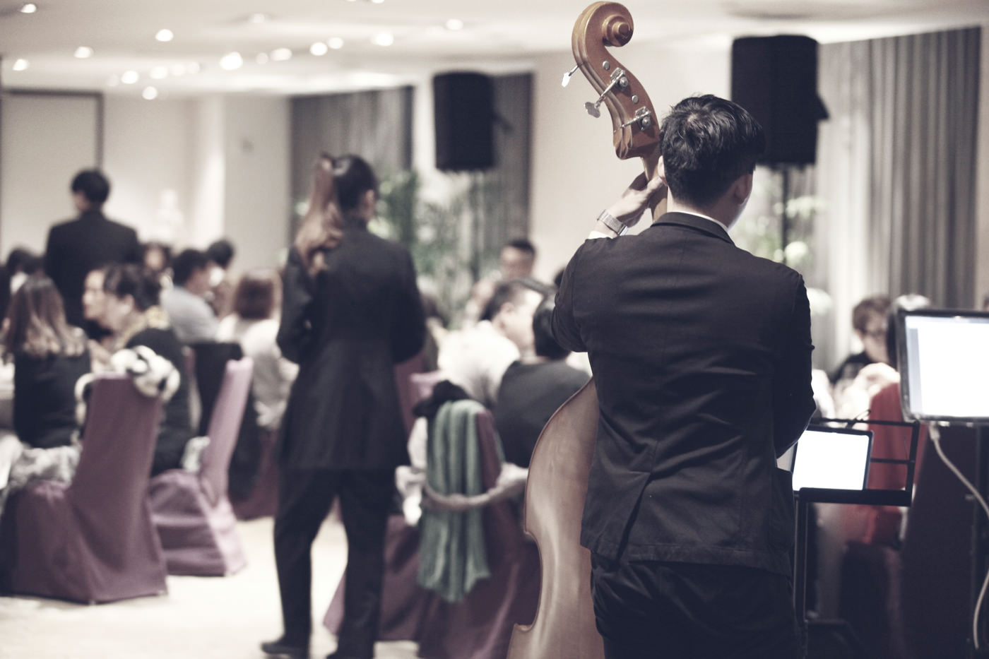Музыка в ресторане