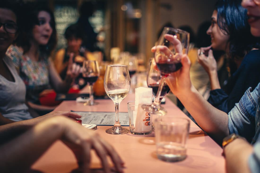 Дегустация вина в ресторане